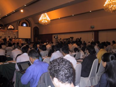 Over 170 participants plus 20 international journalists and media peiple packed the conference hall of the Ambassador Hotel Bangkok.