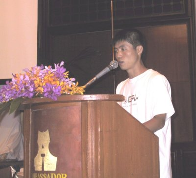 "Shin Dong-Hyuk talks about his experiences in a political prison camp. At one point he asked, ""Why do all those children have to be stamped ""criminals"" at their birth? New-born babies are all innocent. Why do they have to stay criminals all through their lives while they have committed absolutely no crimes?"" At that point, he begain crying and was unable to continue his speech. He struggled for more than a minute to regain his composure and resume his talk."